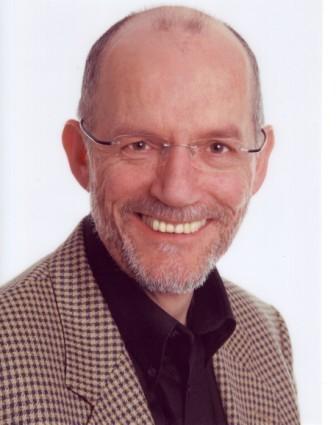 Dr. Clemens Neukirch Social Profile