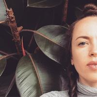 Ruby Roth Ⓥ | Social Profile