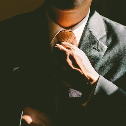 ビジネスハッカー Social Profile