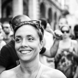 chiara peretti | Social Profile