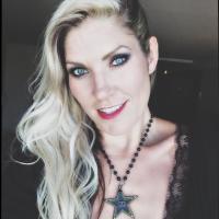 Jolene Van Vugt | Social Profile
