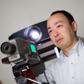 鴻池賢三(Audio&Visual評論家 | Social Profile