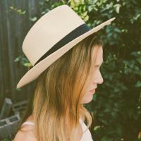 Lauren Kruse | Social Profile