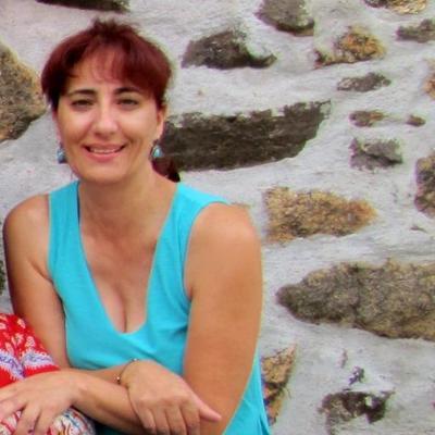 isabel maria | Social Profile