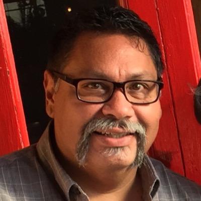 Manuel L Mendoza | Social Profile
