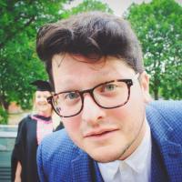 Nick Holroyd-Doveton | Social Profile