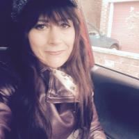 Emma Hunt   Social Profile