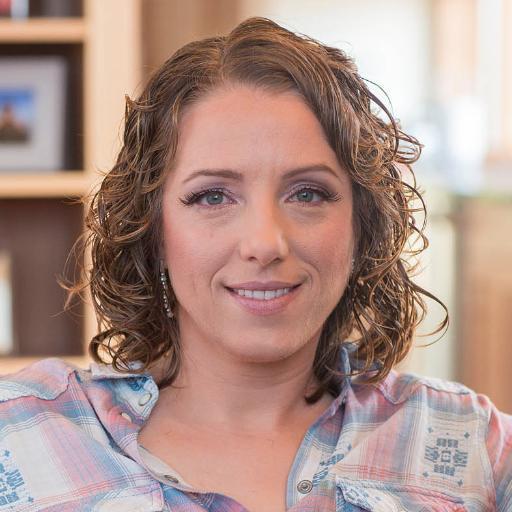 Jen Lampton Social Profile
