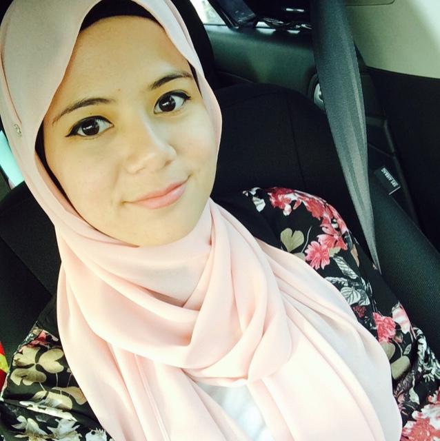 anna aziz Social Profile