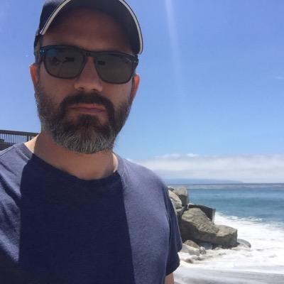 Alejandro Crosa | Social Profile