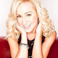 kellie pickler | Social Profile