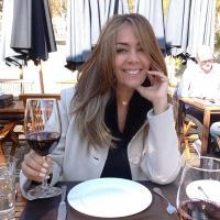 Daphne | Social Profile