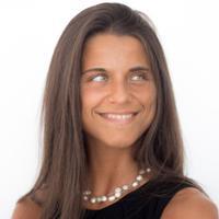 Manuela  | Social Profile