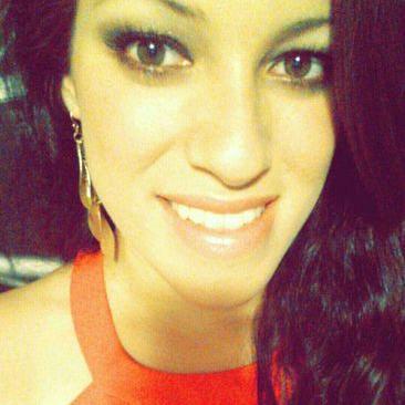 Juliana Ossa | Social Profile