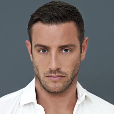 Elliott Wright   Social Profile