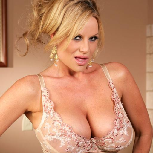 Kelly Madison is showing her natural big tits in a sexy underwear  1288959