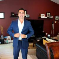 Ron X. Gumucio | Social Profile