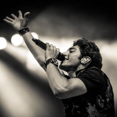 Robbie Rosen | Social Profile