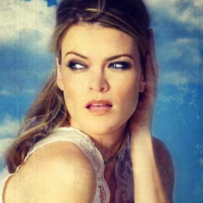 missi pyle | Social Profile