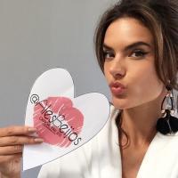 Alessandra's Beijos | Social Profile