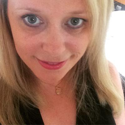 Karen Fewell Social Profile