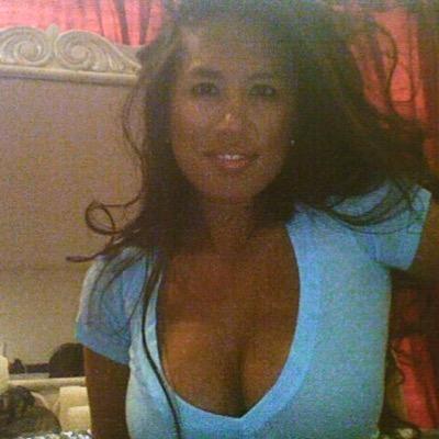 Jacqueline D Social Profile