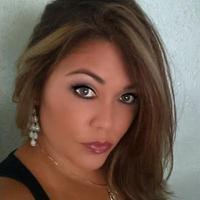Lyndie  | Social Profile