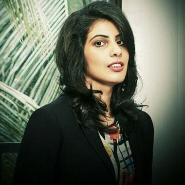 Divya Tejuja | Social Profile