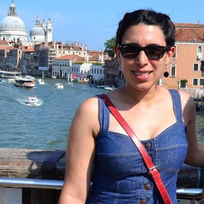 Juli Cassanello | Social Profile