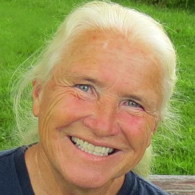 Maureen Tumenas | Social Profile