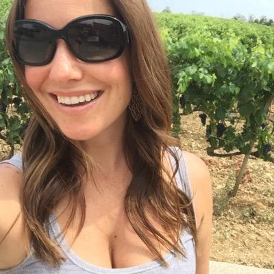 Isabelle Rochon | Social Profile