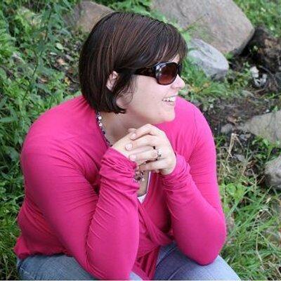Amanda DeGrace | Social Profile