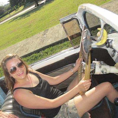 Laura-Jane Higginson | Social Profile