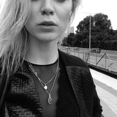 Lady Lovely Locks | Social Profile