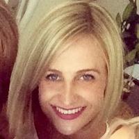 Ellie McKenzie | Social Profile
