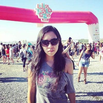 Kelly Kawakami | Social Profile
