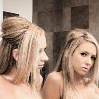 Kaylee Hilton | Social Profile