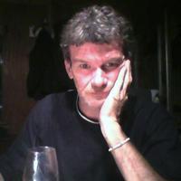 Seán Ó Morchoe   Social Profile
