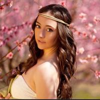 Sylvia Oakes | Social Profile