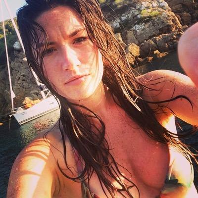 Holly Dillon   Social Profile