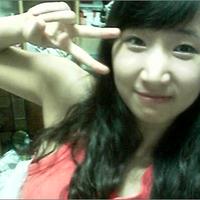 박초롱 | Social Profile