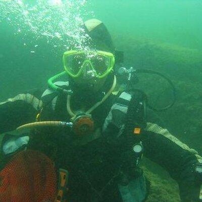 wetsuit5   Social Profile
