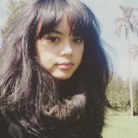 Elfirda Esti | Social Profile