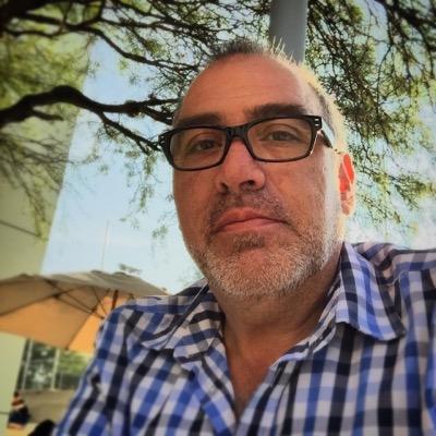 César Colunga | Social Profile