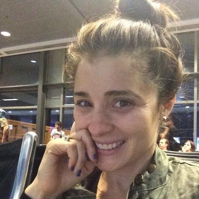 Shiri Appleby | Social Profile