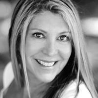 Isabella Jones | Social Profile