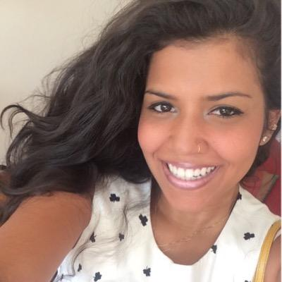 Thyza Ferreira Social Profile