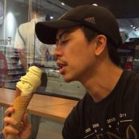bruno yonzon   Social Profile