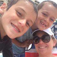 Julie Davis | Social Profile