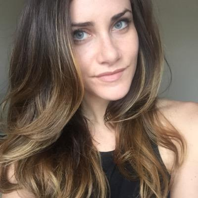 Kelly | Social Profile